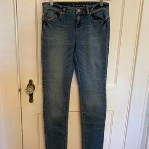 Lauren Conrad size 8 skinny jeans